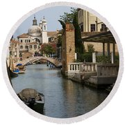 Canal In Venice Round Beach Towel