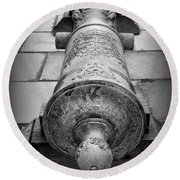 Cannon At Castillo Round Beach Towel