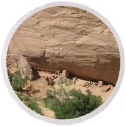 Canyon De Chelly Ruins Round Beach Towel