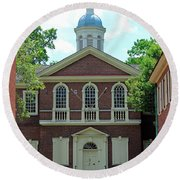 Carpenters Hall In Philadephia Round Beach Towel