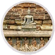 Carved Figures At Wat Mahathat In 13th Century Sukhothai Histori Round Beach Towel