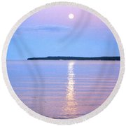 Casting Of Light In The Night Round Beach Towel