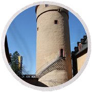 Castle Courtyard Round Beach Towel