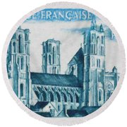 Cathedral Of Laon Round Beach Towel