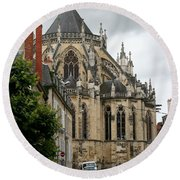 Cathedrale Saint - Cyr - Et - Sainte - Julitte De Nevers Round Beach Towel