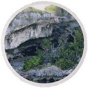 Caves In The Bahamas Round Beach Towel