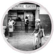 Central Bakery St. Lucia Round Beach Towel