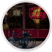 Central Cafe Bicycles Round Beach Towel
