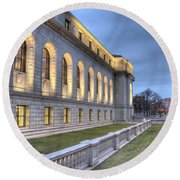 Central Library St. Louis Round Beach Towel