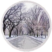Central Park Mall In Winter Round Beach Towel