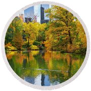 Central Park Pond Autumn Reflections Round Beach Towel
