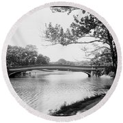 Central Park The Lake Round Beach Towel