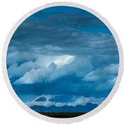 Central Valley Clouds Round Beach Towel