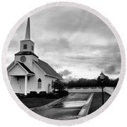Chapel At Four Winds In Conway Arkansas Round Beach Towel