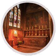 Chapel In St Severin Church Paris Round Beach Towel