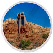 Chapel Of The Holy Cross Sedona Az Front Round Beach Towel