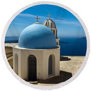 Chapel On Santorini Round Beach Towel