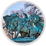 Charge On The Capitol Round Beach Towel