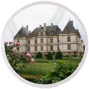 Chateau De Cormatin Garden Round Beach Towel