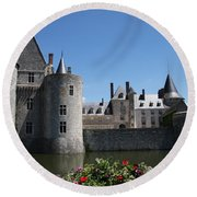 Chateau De Sully-sur-loire View Round Beach Towel
