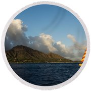 Cheerful Orange Catamaran And Diamond Head - Waikiki - Hawaii Round Beach Towel