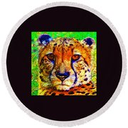 Face Of The Cheetah Round Beach Towel