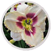 Cherryberry Daylily Round Beach Towel