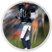Chicago Bears Wr Armanti Edwards Moving The Ball Training Camp 2014 Round Beach Towel