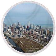 Chicago Looking North 02 Round Beach Towel