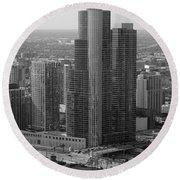 Chicago Modern Skyscraper Black And White Round Beach Towel