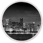Chicago Skyline At Night Black And White Round Beach Towel