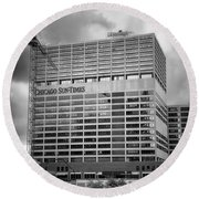Chicago Sun Times Facade After The Storm Bw Round Beach Towel