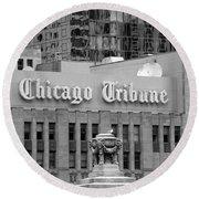 Chicago Tribune Facade Signage Bw Round Beach Towel