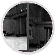 Chicago Union Station The Great Hall 2 Panel Bw Round Beach Towel