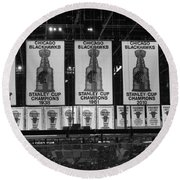 Chicago United Center Banners Bw Round Beach Towel