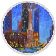 Chicago Water Tower At Night Round Beach Towel