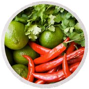 Chillies And Limes Round Beach Towel