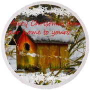 Chilly Birdhouse Holiday Card Round Beach Towel