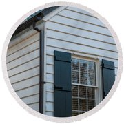Chimney And Shutters Round Beach Towel