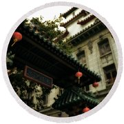 Chinatown Entrance Round Beach Towel