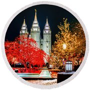 Christmas At Temple Square Round Beach Towel