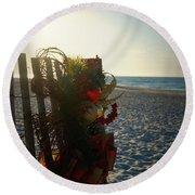 Christmas At The Beach Round Beach Towel