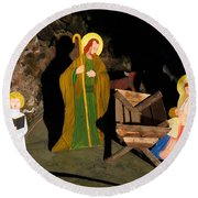 Christmas Crib Scene Round Beach Towel