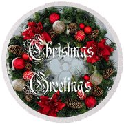 Christmas Greetings Door Wreath Round Beach Towel