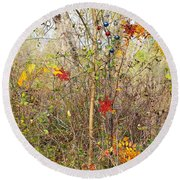 Christmas In Nature Round Beach Towel
