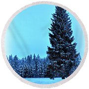 Christmas In The Valley Round Beach Towel