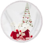 Christmas Mice Round Beach Towel
