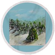 Christmas Mountain Round Beach Towel