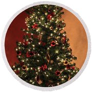 Red And Gold Christmas Tree Without Caption Round Beach Towel
