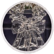 Christmas Wreath Ice Sculpture Round Beach Towel